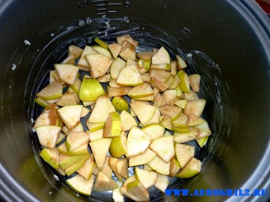 Шарлотка – пирог с яблоками в