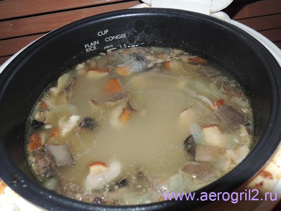 Суп из свежих грибов с ребрышками