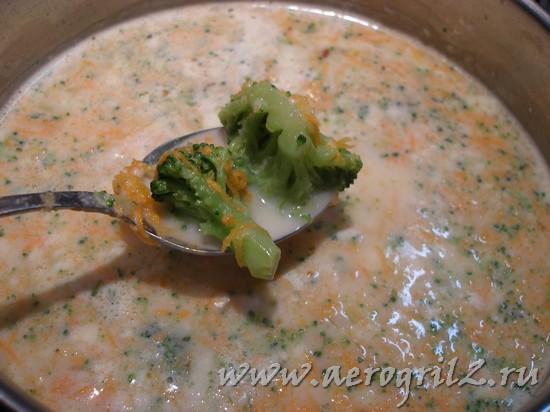 Крем-суп с овощами и сыром