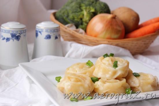 Вегетарианские манты с тыквой